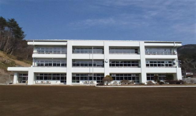 葛尾小学校校舎修繕工事 (1)